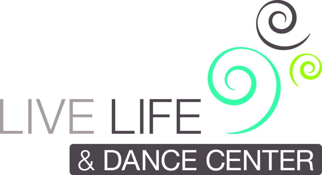We geven Hatha Yoga lessen ion het Live Life Dance Center Floriande Hoofddorp